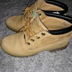 Worn Timberland boots ladies size 9